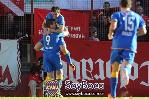 Palermo y Mouche se abrazan en el 1 a 0 de Boca contra Argentinos Juniors